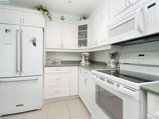 Photo 9: 102 4536 Viewmont Avenue in VICTORIA: SW Royal Oak Condo Apartment for sale (Saanich West)  : MLS®# 421364
