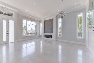 Photo 3: 12707 104A Avenue in Surrey: Cedar Hills House for sale (North Surrey)  : MLS®# R2441525