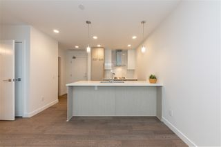 "Photo 12: 111 5033 CAMBIE Street in Vancouver: Cambie Condo for sale in ""35 PARK WEST"" (Vancouver West)  : MLS®# R2459003"