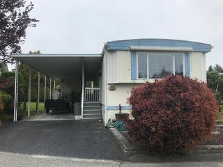 Photo 1: 102 15875 20  AVE Avenue in Surrey: King George Corridor Manufactured Home for sale (South Surrey White Rock)  : MLS®# R2461695