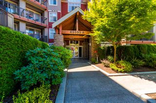 Photo 4: 404A 45595 TAMIHI Way in Chilliwack: Vedder S Watson-Promontory Condo for sale (Sardis)  : MLS®# R2480510