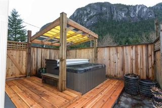 Photo 16: 2029 MAPLE Drive in Squamish: Valleycliffe House for sale : MLS®# R2497272