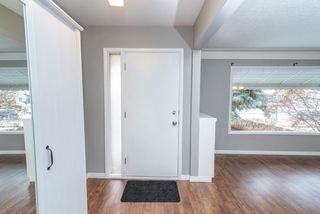 Photo 2: 7902 83 Avenue in Edmonton: Zone 18 House for sale : MLS®# E4214712