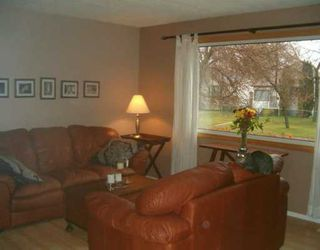 Photo 6: 829 PEAKE Avenue in Winnipeg: Transcona Single Family Detached for sale (North East Winnipeg)  : MLS®# 2618076