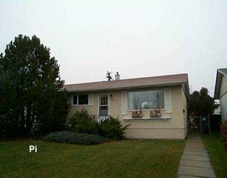 Photo 1: 829 PEAKE Avenue in Winnipeg: Transcona Single Family Detached for sale (North East Winnipeg)  : MLS®# 2618076