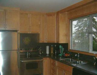 Photo 5: 829 PEAKE Avenue in Winnipeg: Transcona Single Family Detached for sale (North East Winnipeg)  : MLS®# 2618076