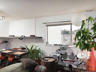 """Photo 7: # 405 33 N TEMPLETON DR in Vancouver: Hastings Condo for sale in """"33 NORTH"""" (Vancouver East)  : MLS®# V883720"""