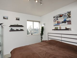 """Photo 6: # 405 33 N TEMPLETON DR in Vancouver: Hastings Condo for sale in """"33 NORTH"""" (Vancouver East)  : MLS®# V883720"""