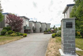 Main Photo: 1 4907 57A Street in Delta: Hawthorne Townhouse for sale (Ladner)  : MLS®# R2428968