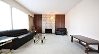 """Photo 2: 2138 WOODVALE Drive in Burnaby: Montecito House for sale in """"MONETICO"""" (Burnaby North)  : MLS®# R2435597"""