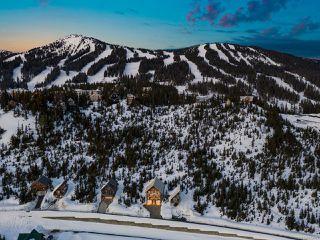 Photo 3: 570 Arrowsmith Ridge in COURTENAY: CV Mt Washington House for sale (Comox Valley)  : MLS®# 833885