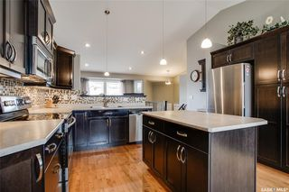 Photo 5: 406 Laycock Crescent in Saskatoon: Stonebridge Residential for sale : MLS®# SK806574