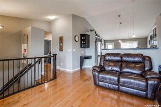 Photo 4: 406 Laycock Crescent in Saskatoon: Stonebridge Residential for sale : MLS®# SK806574