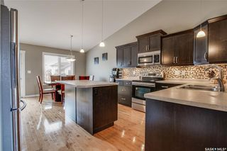 Photo 7: 406 Laycock Crescent in Saskatoon: Stonebridge Residential for sale : MLS®# SK806574