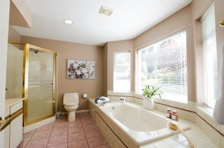 """Photo 19: 2743 COUNTRY WOODS Drive in Surrey: Grandview Surrey House for sale in """"Country Woods"""" (South Surrey White Rock)  : MLS®# R2459680"""