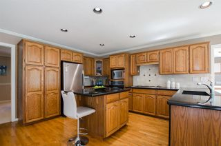"""Photo 14: 2743 COUNTRY WOODS Drive in Surrey: Grandview Surrey House for sale in """"Country Woods"""" (South Surrey White Rock)  : MLS®# R2459680"""