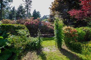 """Photo 30: 2743 COUNTRY WOODS Drive in Surrey: Grandview Surrey House for sale in """"Country Woods"""" (South Surrey White Rock)  : MLS®# R2459680"""