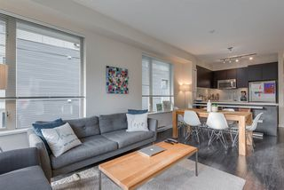 Photo 19: 411 2665 MOUNTAIN Highway in North Vancouver: Lynn Valley Condo for sale : MLS®# R2463896