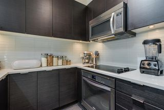 Photo 9: 411 2665 MOUNTAIN Highway in North Vancouver: Lynn Valley Condo for sale : MLS®# R2463896