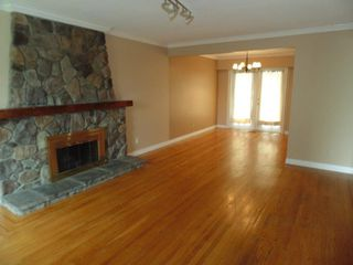 Photo 2: 11537 87A Avenue in Delta: Annieville House for sale (N. Delta)  : MLS®# R2472859