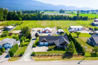 "Main Photo: 41886 SOUTH SUMAS Road in Sardis - Greendale: Greendale Chilliwack House for sale in ""Greendale"" (Sardis)  : MLS®# R2480969"