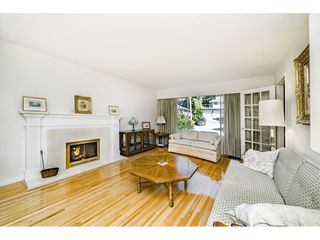 "Photo 8: 914 FRESNO Place in Coquitlam: Harbour Place House for sale in ""HARHOUR CHINES"" : MLS®# R2483621"