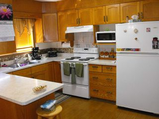 Photo 6: 5217 54A Street: Elk Point House for sale : MLS®# E4210955
