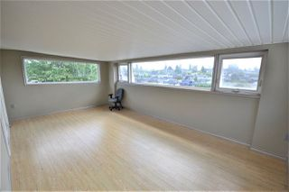 Photo 4: 4702 PARKER Street in Burnaby: Brentwood Park House for sale (Burnaby North)  : MLS®# R2490295