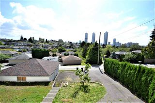 Photo 26: 4702 PARKER Street in Burnaby: Brentwood Park House for sale (Burnaby North)  : MLS®# R2490295