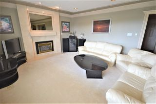 Photo 9: 4702 PARKER Street in Burnaby: Brentwood Park House for sale (Burnaby North)  : MLS®# R2490295