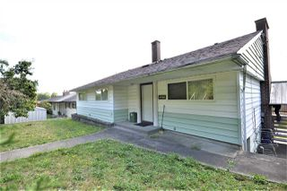 Photo 1: 4702 PARKER Street in Burnaby: Brentwood Park House for sale (Burnaby North)  : MLS®# R2490295