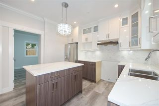 Photo 9: 2238 E 35TH Avenue in Vancouver: Victoria VE 1/2 Duplex for sale (Vancouver East)  : MLS®# R2498954