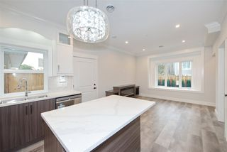 Photo 10: 2238 E 35TH Avenue in Vancouver: Victoria VE House 1/2 Duplex for sale (Vancouver East)  : MLS®# R2498954
