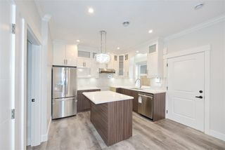 Photo 6: 2238 E 35TH Avenue in Vancouver: Victoria VE House 1/2 Duplex for sale (Vancouver East)  : MLS®# R2498954