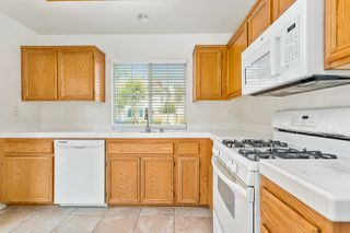 Photo 14: SANTEE House for sale : 3 bedrooms : 117 River Rock Ct