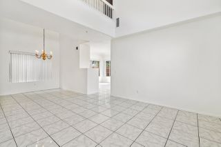Photo 7: SANTEE House for sale : 3 bedrooms : 117 River Rock Ct