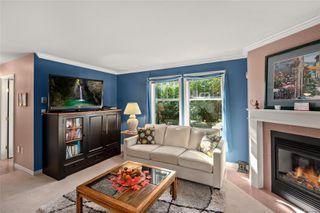 Photo 6: 27 3947 Cedar Hill Cross Rd in : SE Cedar Hill Row/Townhouse for sale (Saanich East)  : MLS®# 858256