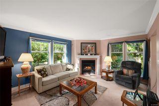 Photo 5: 27 3947 Cedar Hill Cross Rd in : SE Cedar Hill Row/Townhouse for sale (Saanich East)  : MLS®# 858256