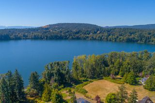 Photo 11: 585 Brookleigh Rd in : SW Elk Lake House for sale (Saanich West)  : MLS®# 860550