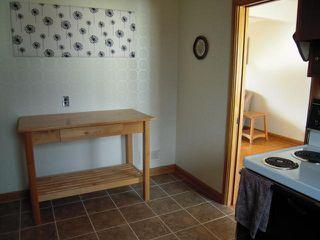 Photo 8: 909 DOWKER AVE in Winnipeg: Residential for sale : MLS®# 1106284