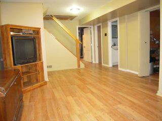 Photo 14: 909 DOWKER AVE in Winnipeg: Residential for sale : MLS®# 1106284