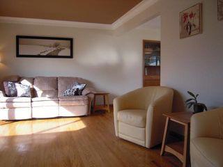 Photo 2: 909 DOWKER AVE in Winnipeg: Residential for sale : MLS®# 1106284