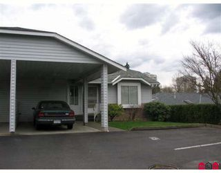 "Photo 2: 19 2989 TRAFALGAR Street in Abbotsford: Central Abbotsford Townhouse for sale in ""SUMMER WYND"" : MLS®# F2806093"