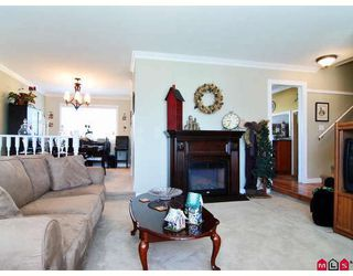 Photo 5: 15491 84A Avenue in Surrey: Fleetwood Tynehead House for sale : MLS®# F2814691