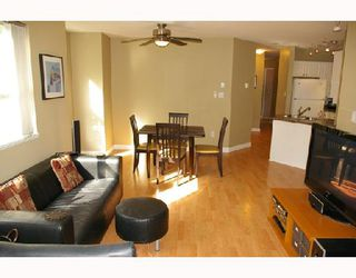 Photo 2: 206 1035 AUCKLAND Street in New_Westminster: Uptown NW Condo for sale (New Westminster)  : MLS®# V713521