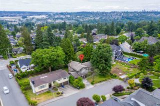 Photo 3: 828 ALAMA Avenue in Coquitlam: Coquitlam West House for sale : MLS®# R2387843