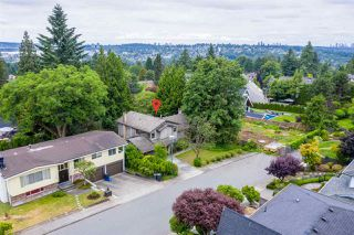 Photo 2: 828 ALAMA Avenue in Coquitlam: Coquitlam West House for sale : MLS®# R2387843