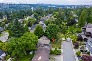 Photo 4: 828 ALAMA Avenue in Coquitlam: Coquitlam West House for sale : MLS®# R2387843