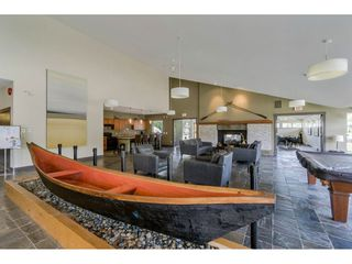 Photo 15: 120 700 KLAHANIE Drive in Port Moody: Port Moody Centre Condo for sale : MLS®# R2418558