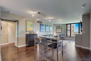 Photo 2: DOWNTOWN Condo for sale : 2 bedrooms : 500 W Harbor Dr. #612 in San Diego